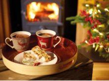 Kitchencraft We Love Christmas Mug Gift Set Lifestyle