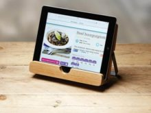 KitchenCraft Natural Elements Acacia Wood Cookbook Tablet Stand