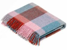 Bronte By Moon Rome Flamingo And Aqua Shetland Quality Wool Throw