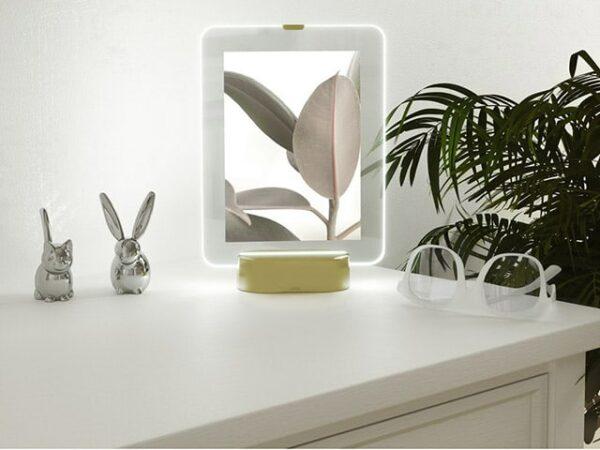 Umbra Glo LED Photo Frame 13x18cm Matte Brass