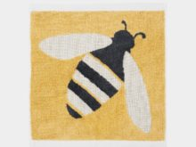 Anorak Buzzy Bee Face Cloth