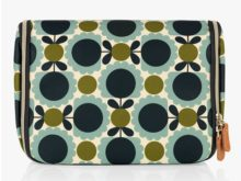 Orla Kiely Hanging Washbag Scallop Flower