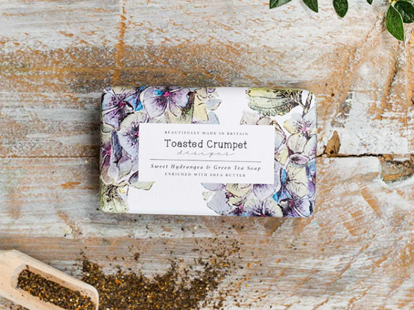 Toasted Crumpet Sweet Hydrangea & Green Tea 190g Soap Bar